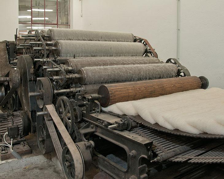 c074040011051f Die Manufaktur Haslach ist im Areal eines historischen Fabrikkomplexes  untergebracht und Teil des Textilen Zentrums Haslach. Im Zuge einer  Betriebsführung ...
